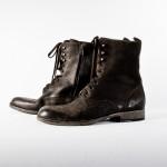 Высокие кожаные ботинки, Сommon Projects