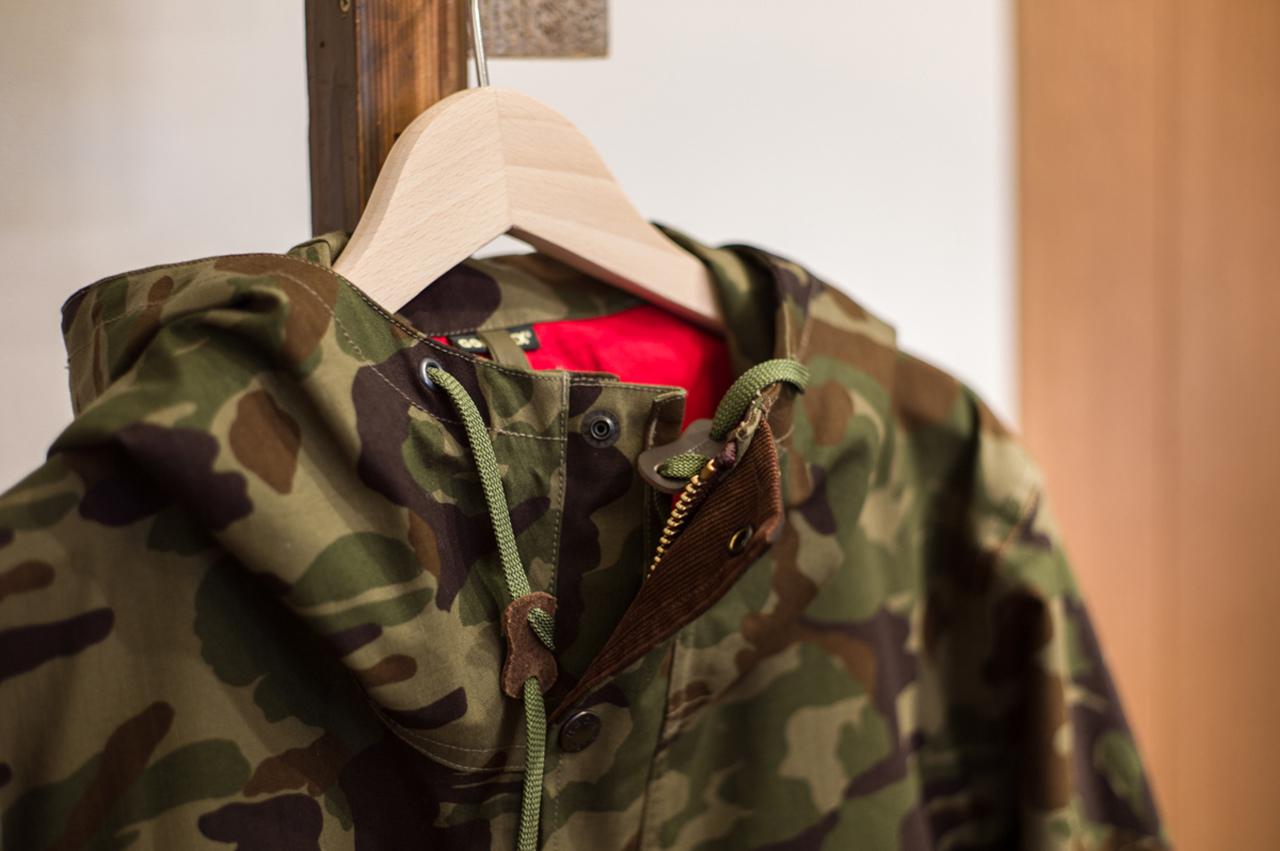 Куртка камуфляжной расцветки с подкладкой из GORE-TEX®, nanamica