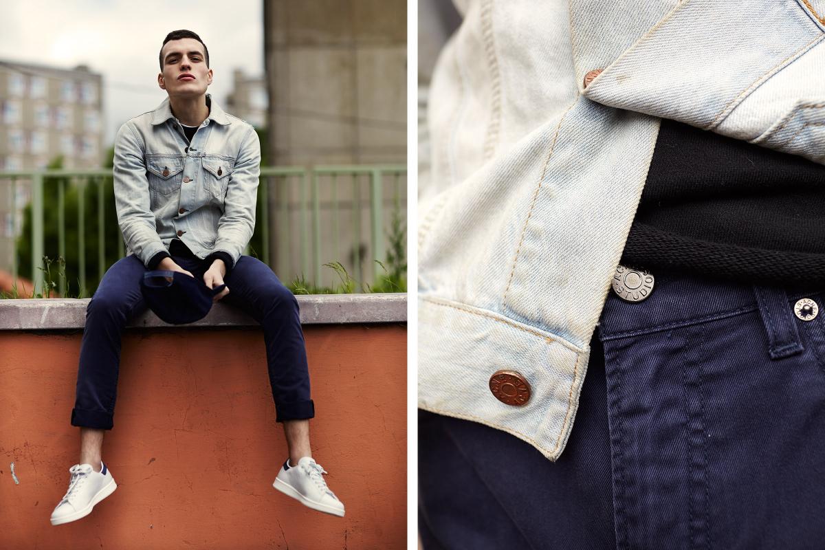 Мужчина в тёмно-синих джинсах Ace-Ups и светло-голубой джинсовке, Acne Studios