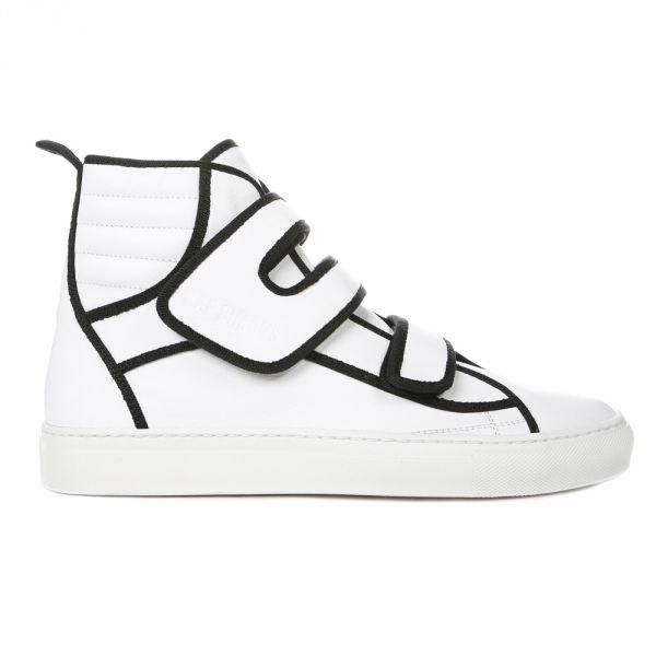 Топ модных кроссовок