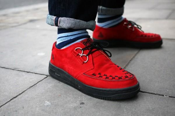Ботинки криперы из красной замши на черной резиновой подошве, A Bathing Ape