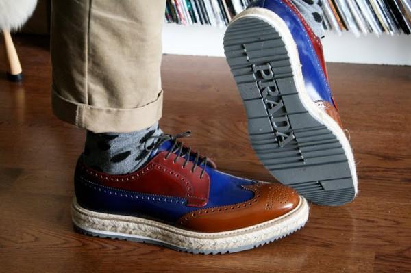Мужские ботинки криперы с брогированием на джутовой подошве, Prada