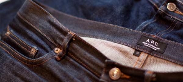 Мужские джинсы A.P.C. New Standard из raw денима