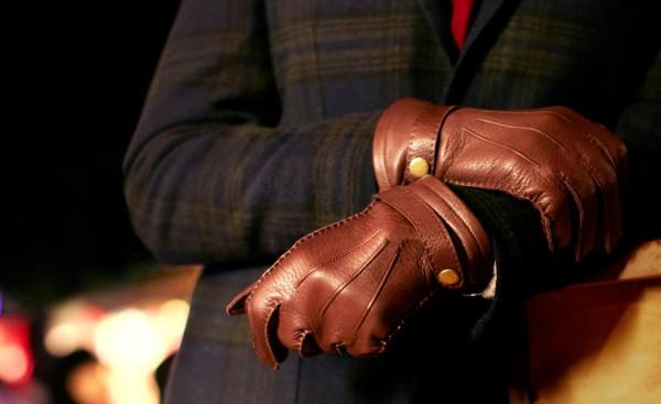 Коричневые кожаные мужские перчатки Dents