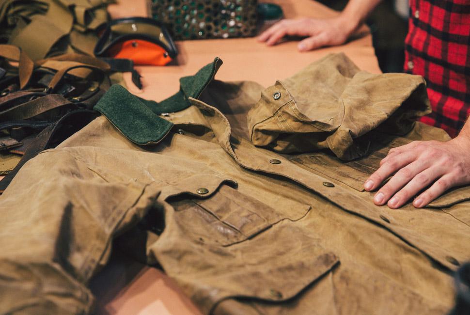 Обработка воском парусиновой куртки Filson