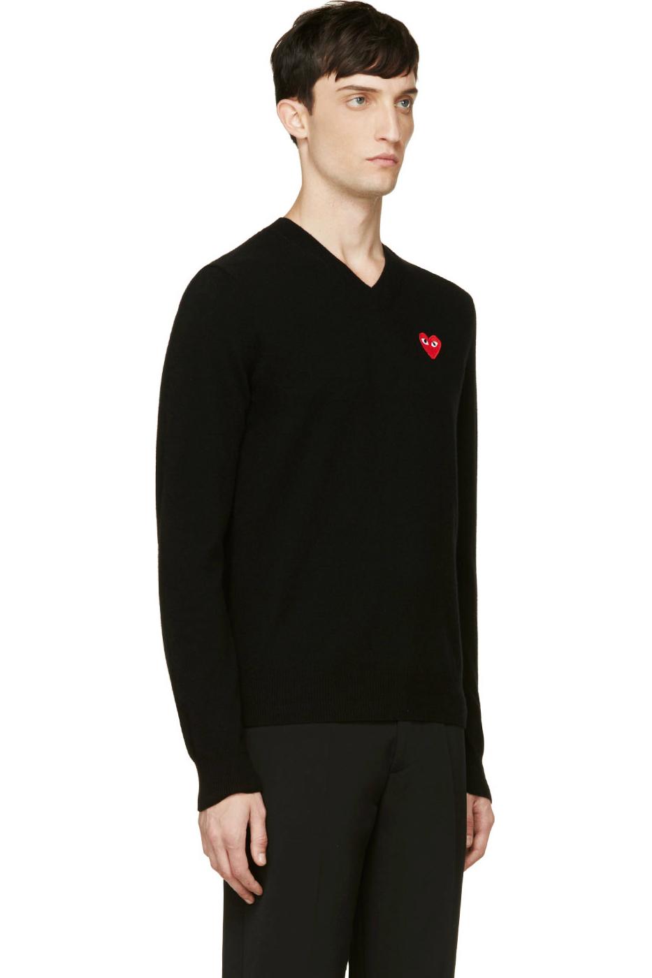 Черный мужской шерстяной свитер с V-вырезом и красным сердцем, Comme des Garcons