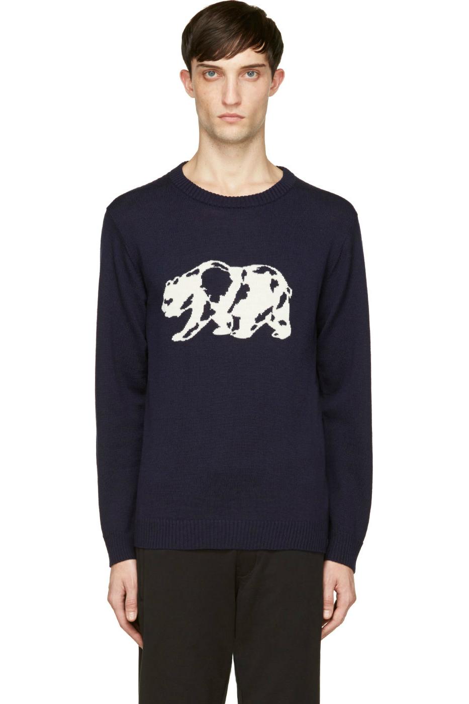 Мужской синий свитер с круглым воротником и рисунком белого медведя White Mountaineering