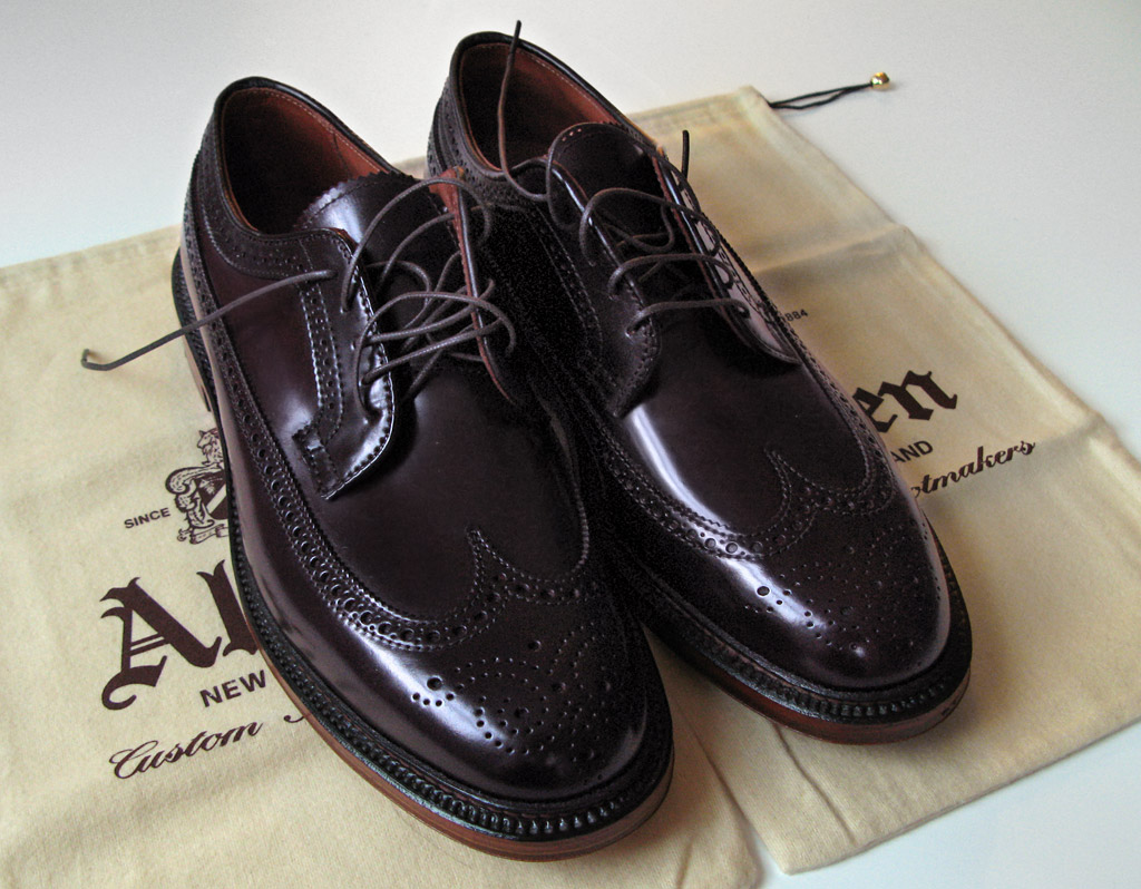 Цвет Color 8 на новых туфлях Alden