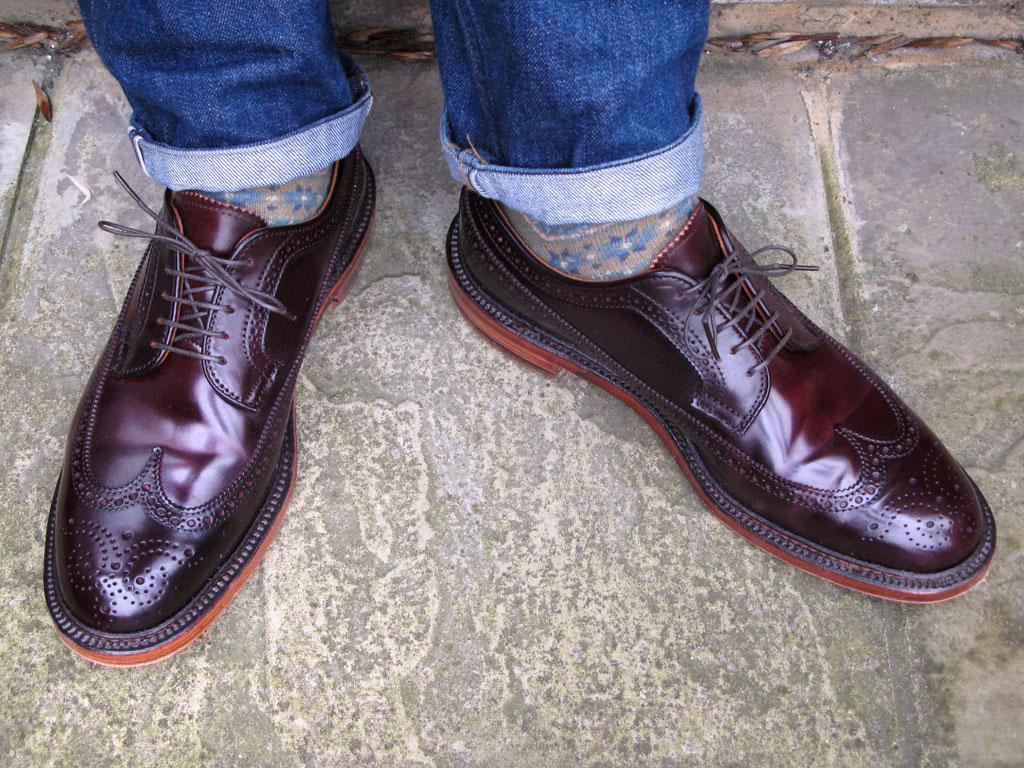 Мужские туфли-броги Alden из кордована Horween Color 8 и носки с узором