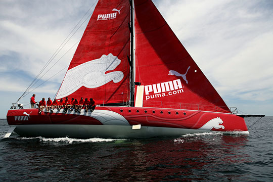 Парусник команды Puma